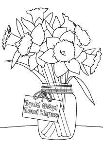 Llun i liwio o cennin Pedr ar gyfer Dydd Gŵyl Dewi Sant.